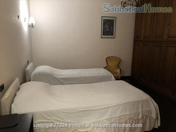 Prestigious flat in Santo Stefano,  Bologna.   Quiet, 3 Wi-Fi workstations. Home Rental in Bologna 7