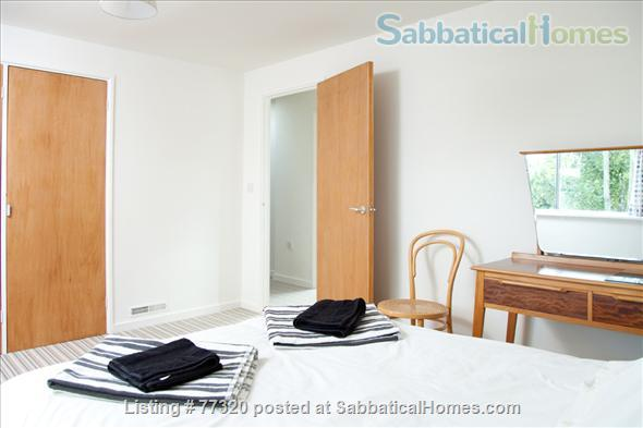 Mid Century Family Friendly 3 Bedroom Town House Camberwell Home Rental in London, England, United Kingdom 4