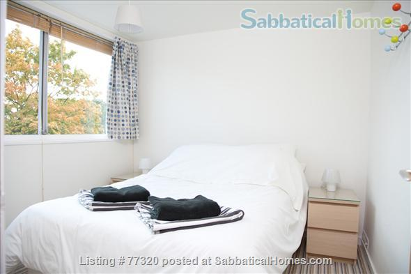 Mid Century Family Friendly 3 Bedroom Town House Camberwell Home Rental in London, England, United Kingdom 5