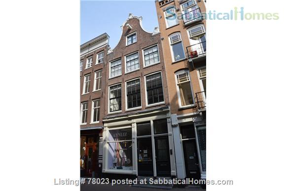 Charming 18th century appartment in Amsterdam centre Home Rental in Amsterdam, NH, Netherlands 8