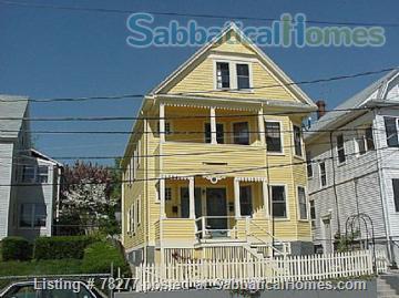 Lovely Somerville 4 BR Apartment near Harvard, Tufts, MIT Home Rental in Somerville, Massachusetts, United States 0