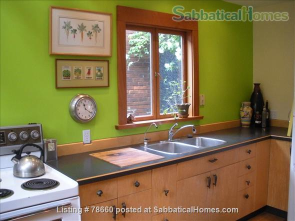 Summer Beach House August 16-Sept 7, 2021 Home Rental in Vancouver, British Columbia, Canada 4