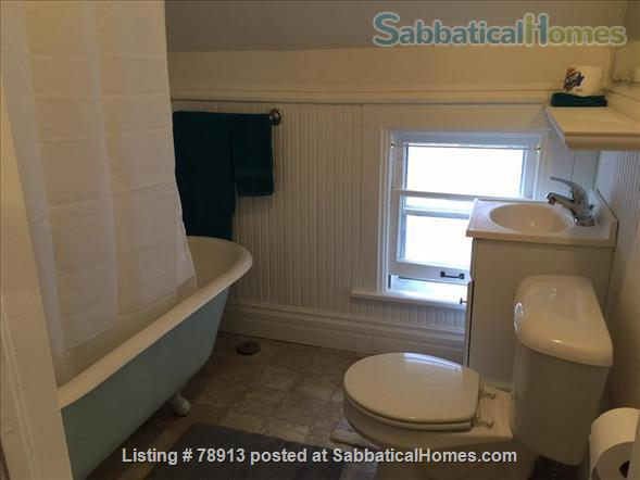 Charming Sunny second floor apartment Home Rental in Madison, Wisconsin, United States 7
