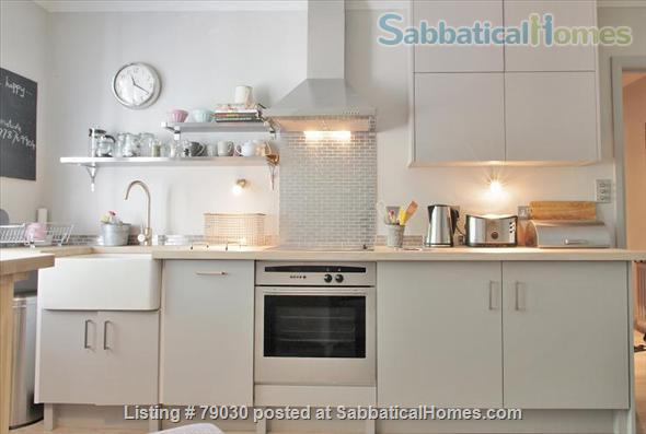 Charming Mansion Apartment In Notting Hill Gate- Holland Park Home Rental in Greater London, England, United Kingdom 4