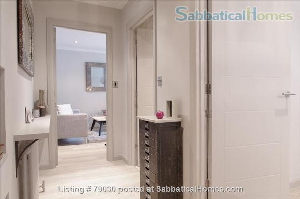 Charming Mansion Apartment In Notting Hill Gate- Holland Park Home Rental in Greater London, England, United Kingdom 7