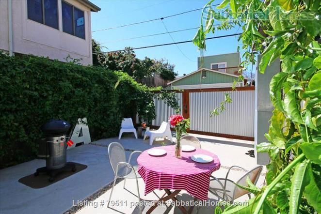 Large Modern Beach House Home Rental in San Diego, California, United States 7