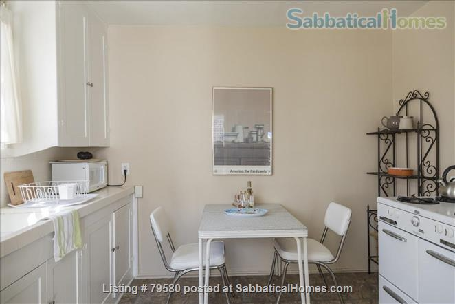 Charming 1 brm furnished cottage in Santa Monica, California Home Rental in Santa Monica, California, United States 4