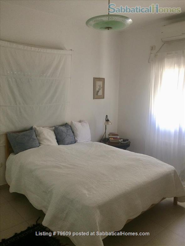 Bright, elegant Jerusalem apartment in ideal location Home Rental in Jerusalem, Jerusalem District, Israel 3