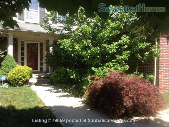 Single family home (with open spaces and beautiful vistas) in an idyllic location-close to U of M campus, downtown Ann Arbor and major freeways (I-94).  Home Rental in Ann Arbor, Michigan, United States 0