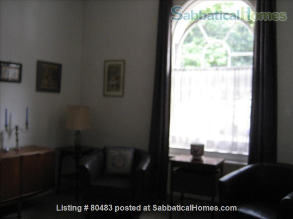 Furnished garden flat on quiet Georgian square in Central London Home Rental in London, England, United Kingdom 3