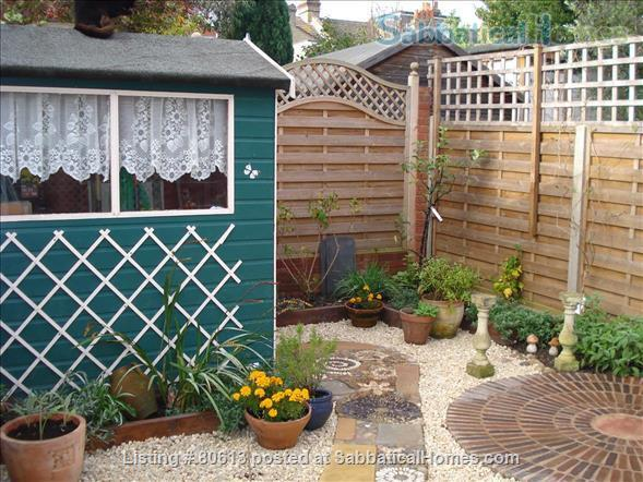 2 Rooms available -Bounds Green Tube N11 (Piccadilly Line) - Shared Kitchen Home Rental in Greater London, England, United Kingdom 5