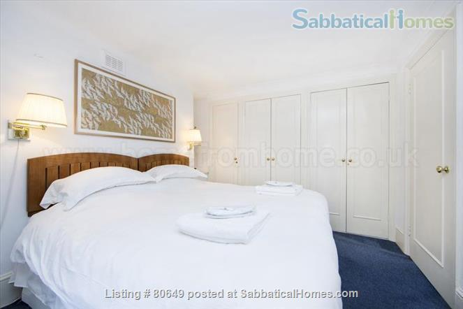 Sloane Square 1 bedroom flat + private garden, Central London. Utilities included. Very centrally located; quiet, secure, comfortable. Home Rental in London, England, United Kingdom 5