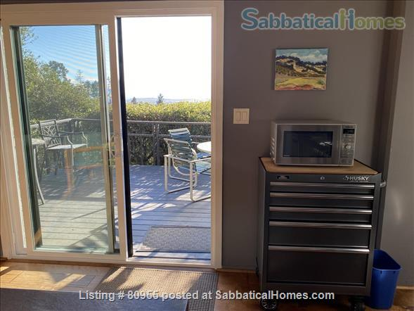 One + Bedroom Berkeley Hills Oasis with Amazing View Home Rental in Kensington, California, United States 6
