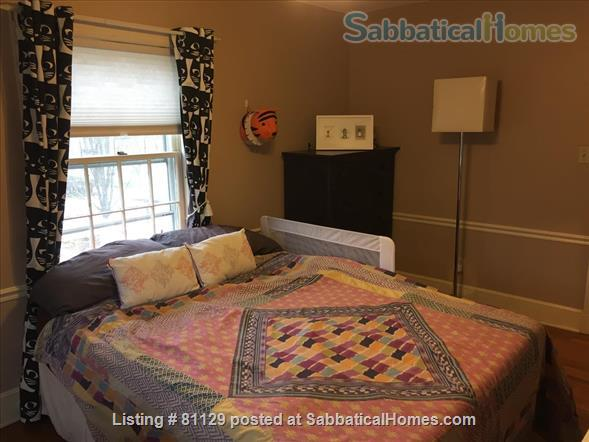 4 bedroom home close to Lake Erie in family friendly Lakewood (Cleveland), OH Home Rental in Lakewood, Ohio, United States 6