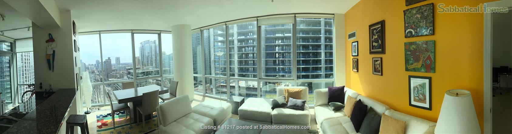 Fantastic Highrise, 20th floor, view of Lake Michigan and Grant Park Home Rental in Chicago, Illinois, United States 0
