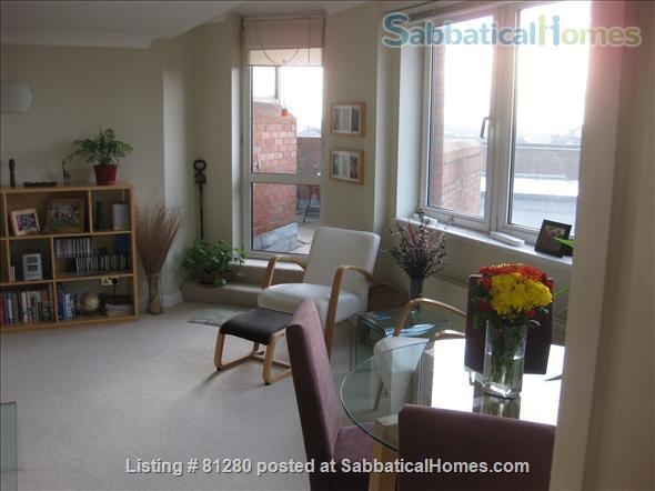 CONTEMPORARY, SECURE, BRIGHT ONE BEDROOM PLUS OFFICE FLAT WITH TERRACE AND SPECTACULAR VIEWS OF LONDON NEAR REGENTS PARK. Home Rental in Greater London, England, United Kingdom 2