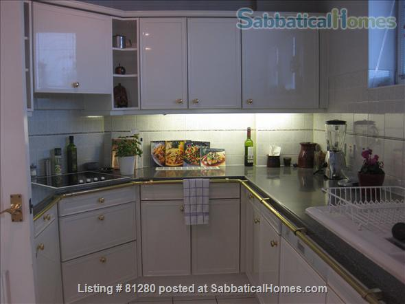 CONTEMPORARY, SECURE, BRIGHT ONE BEDROOM PLUS OFFICE FLAT WITH TERRACE AND SPECTACULAR VIEWS OF LONDON NEAR REGENTS PARK. Home Rental in Greater London, England, United Kingdom 4
