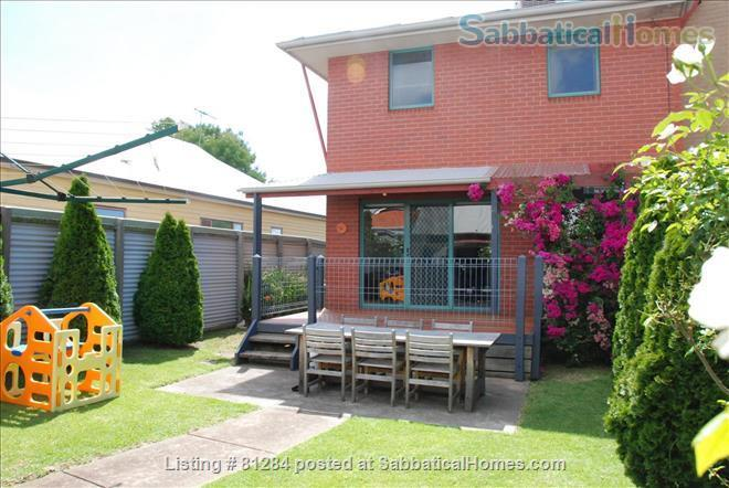 Wonderful 4 BR home in boutique Yarraville.   Great for families. Opposite quiet park. Home Rental in Yarraville, Victoria, Australia 7
