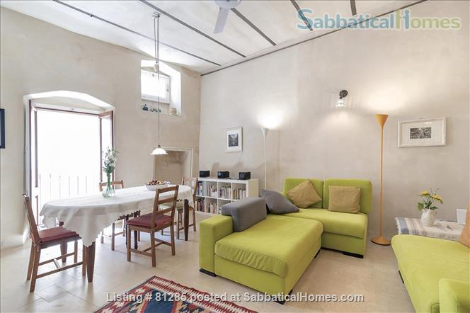 Affordable stay in Italy's magic Home Rental in Lecce 0 - thumbnail