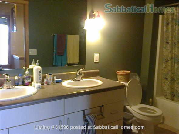 Furnished town-house condo in the vibrant near East side of Madison  Home Rental in Madison, Wisconsin, United States 5