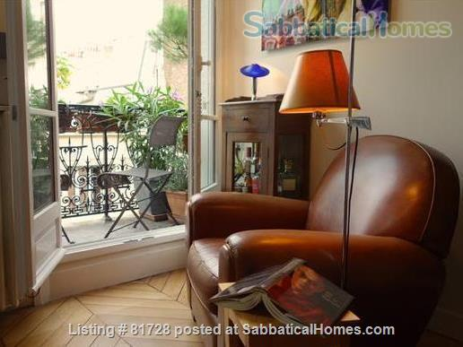 New York Artist's Home. Canal St Martin (10th) Home Rental in Paris, Île-de-France, France 2