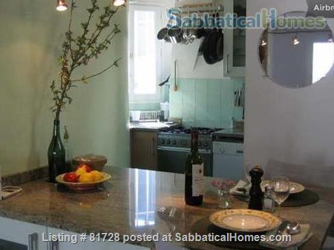 New York Artist's Home. Canal St Martin (10th) Home Rental in Paris, Île-de-France, France 5