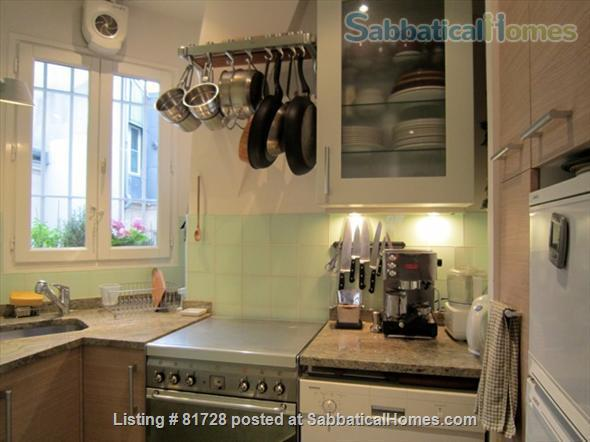 New York Artist's Home. Canal St Martin (10th) Home Rental in Paris, Île-de-France, France 6