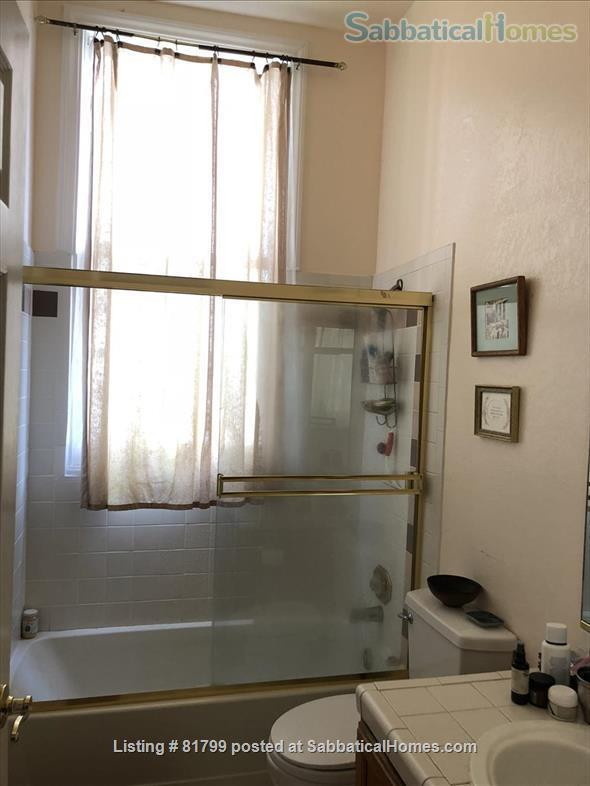 Victorian condo in quiet historic & conveniently located Berkeley neighborhood: $600/week (June 1, 2021-January 15, 2022) Home Rental in Berkeley, California, United States 9