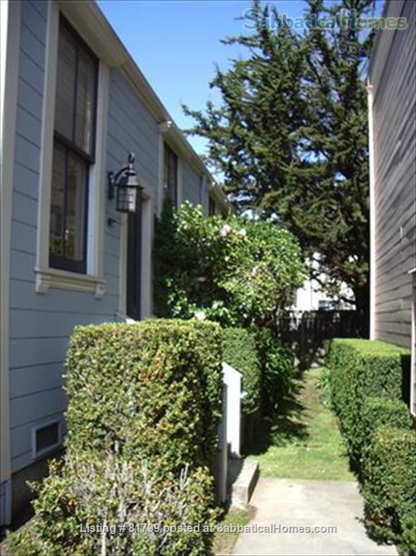 Victorian condo in quiet historic & conveniently located Berkeley neighborhood: $600/week (June 1, 2021-January 15, 2022) Home Rental in Berkeley, California, United States 2