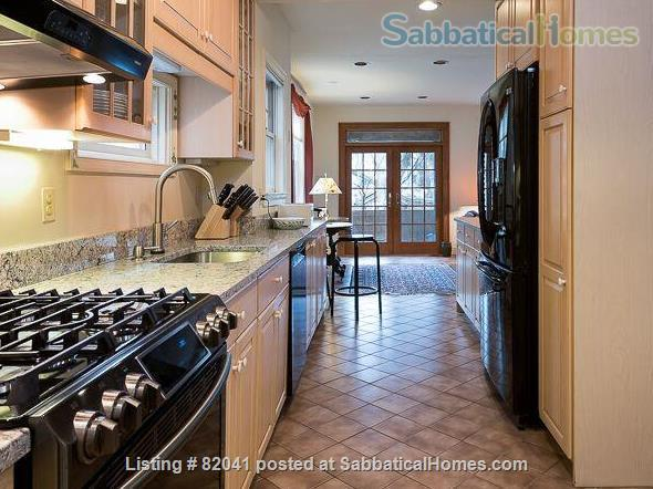 Beautiful DC Chevy Chase/Friendship Heights beautiful single family house in highly desirable DC Chevy Chase/Friendship Heights Home Rental in Washington, District of Columbia, United States 0