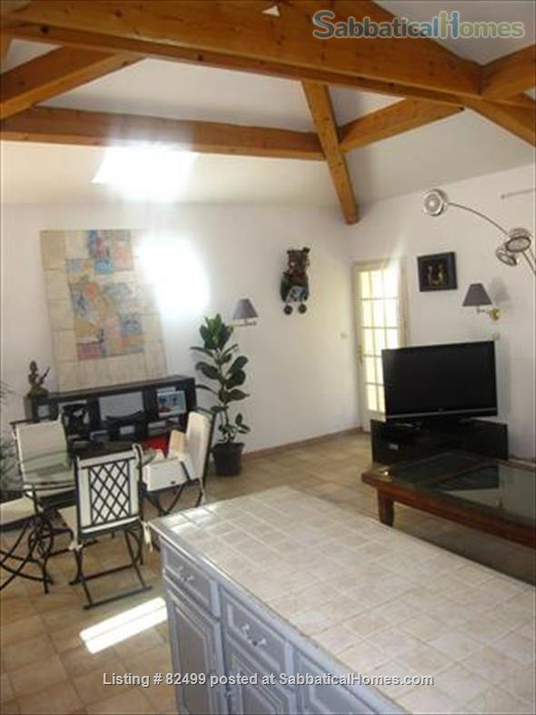 Charming, spacious 2 bedroom - 1 bath terrace apt. with parking  in lovely, quiet area, 2 miles from Cours Mirabeau Home Rental in Aix-en-Provence, Provence-Alpes-Côte d'Azur, France 6