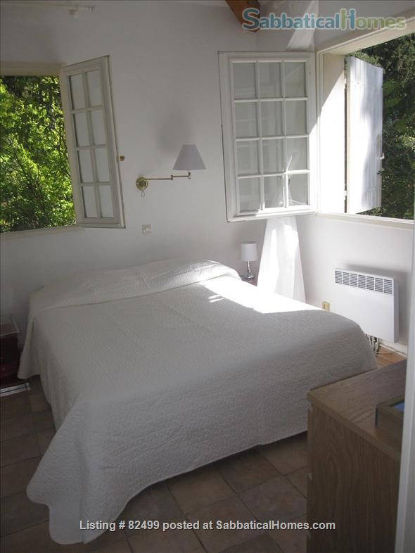 Charming, spacious 2 bedroom - 1 bath terrace apt. with parking  in lovely, quiet area, 2 miles from Cours Mirabeau Home Rental in Aix-en-Provence, Provence-Alpes-Côte d'Azur, France 8