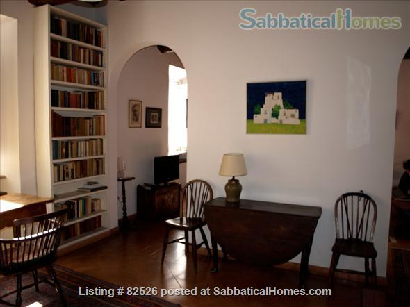 SPEND AN UNFORGETTABLE WEEK IN A 18TH CENTURY APARTMENT IN THE HEART OF ROME Home Rental in Rome, Lazio, Italy 1