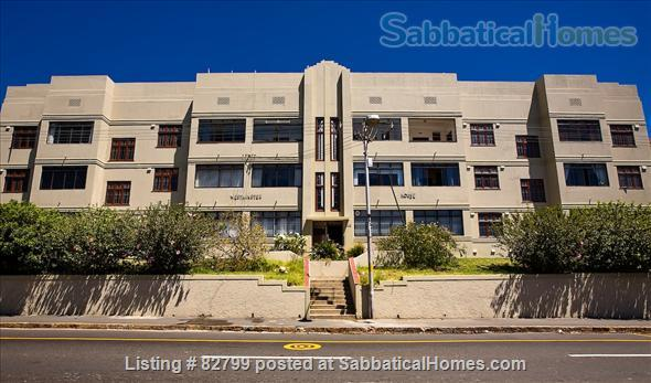 CAPE TOWN : GREAT TWO BEDROOM APARTMENT WITH AMAZING SEA VIEWS Home Rental in Cape Town, WC, South Africa 2