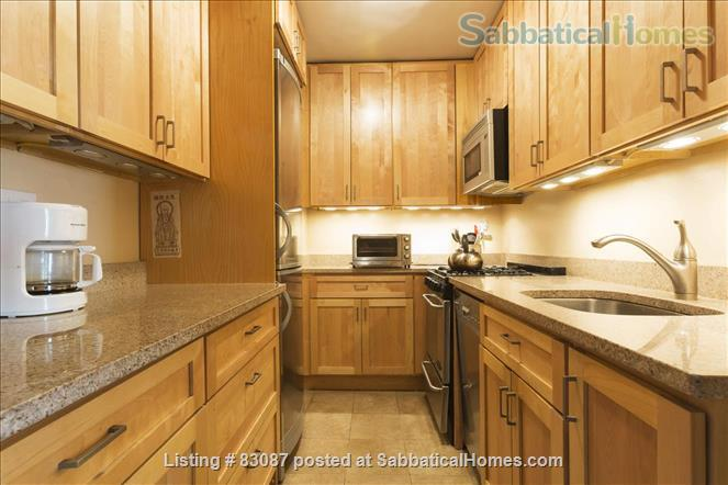 Spacious, sunny studio with incredible view of Central Park/Steps from subway and buses Home Rental in New York, New York, United States 6