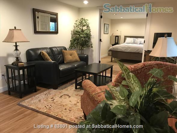 Wallingford/Greenlake/University of Washington- Quiet, 1 Bedroom 1 bath with private entrance in vibrant neighborhood Home Rental in Seattle, Washington, United States 2