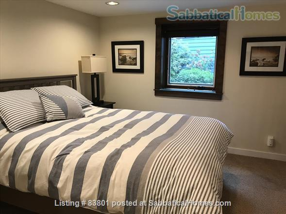 Wallingford/Greenlake/University of Washington- Quiet, 1 Bedroom 1 bath with private entrance in vibrant neighborhood Home Rental in Seattle, Washington, United States 7
