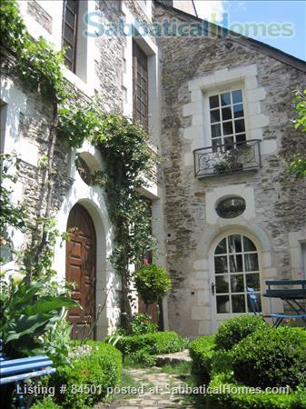 Stunning 16th century Sabbatical home away from home at the heart of lively city! Home Rental in Angers, Pays de la Loire, France 1