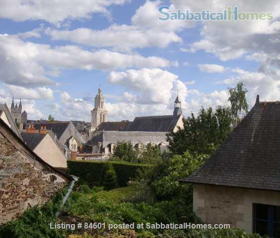 Stunning 16th century Sabbatical home away from home at the heart of lively city! Home Rental in Angers, Pays de la Loire, France 2