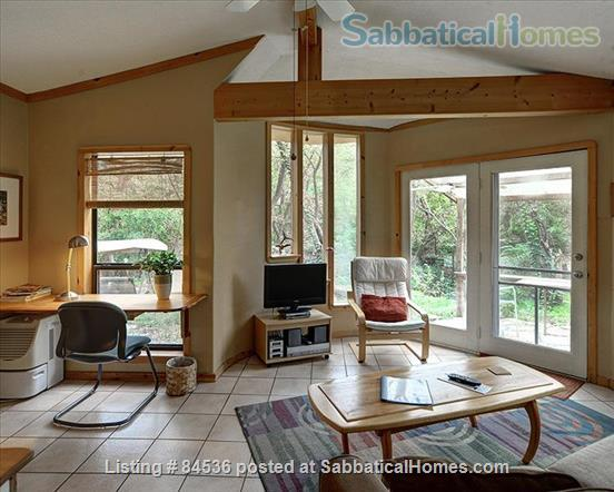 The Forest Retreat Home Rental in Austin, Texas, United States 2