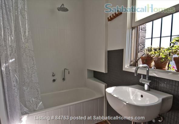 Artist's Contemporary 2 Bedroom House in Inner Sydney Home Rental in Enmore, NSW, Australia 3