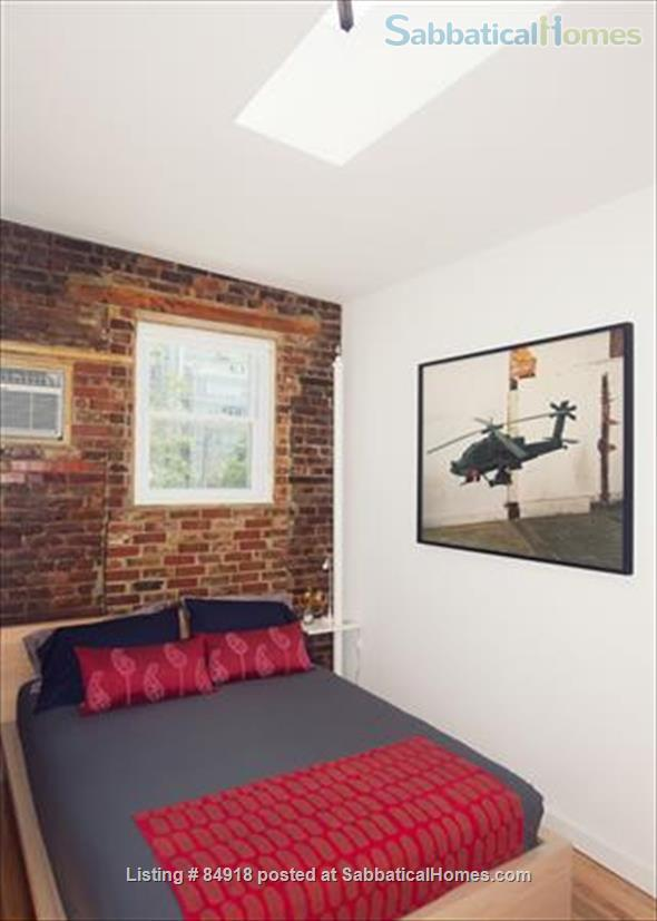 Perfect WFH:Stylish Artist Loft: Flair/Skylights/Spacious!  5 min to Manhat Home Rental in Queens County, New York, United States 7
