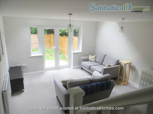 2 Bedroom House in thriving village close to Oxford, all inclusive Home Rental in Eynsham, England, United Kingdom 1