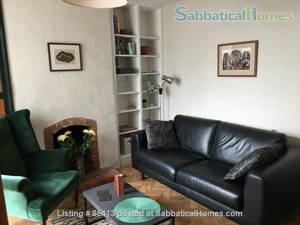 2 bedroom Victorian terrace house on Osney Island, 20 mins walk from City Centre, all utilities and unlimited WIFI included Home Rental in Oxfordshire, England, United Kingdom 1