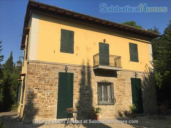 Country house, 15 minutes from downtown Florence Home Rental in Florence, Tuscany, Italy 1