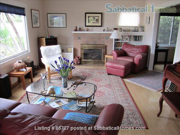 light bright craftsman bungalow Home Rental in Oakland, California, United States 5