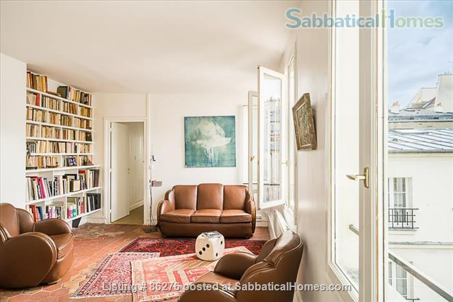 Appartment with a view in the very center of Paris  Home Rental in Paris, IDF, France 3