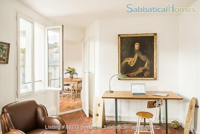 Appartment with a view in the very center of Paris  Home Rental in Paris, IDF, France 4