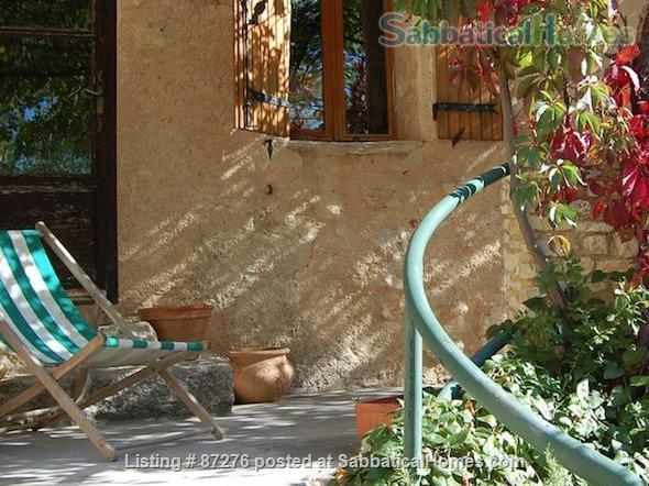 Rustic, artsy, close to nature. Home Rental in La Roque-Alric, Provence-Alpes-Côte d'Azur, France 4