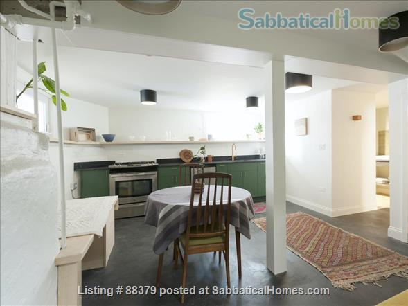 Beautiful Private Unit in Vintage home near Chicago Lakefront, NU, and Loyola Home Rental in Chicago, Illinois, United States 0
